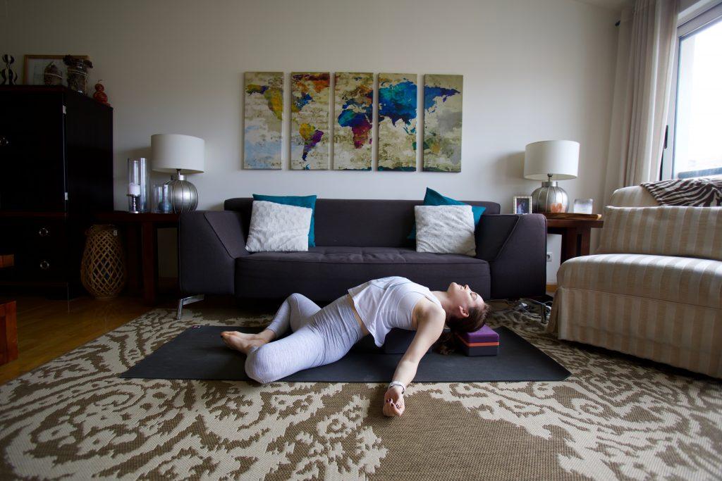 shoulder opener on block bad yogi
