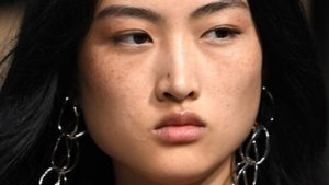 Chinese Model Sporting Freckles Received Some Serious Backlash_Bad Yogi