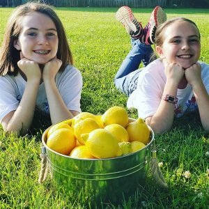 Awesome Person(s) of the Week: Sisters Sell Lemonade to Pay Off School District's Lunch Debt_Bad Yogi